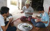 """Hạnh phúc đôi khi chỉ là """"Bữa cơm gia đình"""" gây xúc động"""