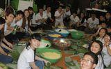Hot girl 9X cùng dàn sao Việt gói bánh Tét tặng người nghèo