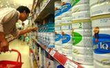 """Doanh nghiệp bị """"sờ gáy"""", giá sữa vẫn tiếp tục tăng"""