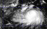 Tin bão mới nhất: Bão số 2 gây mưa lớn, gió giật cấp 9