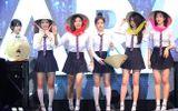 6 cô gái nhóm T-Ara đội nón lá trong minishow khiến fans phát sốt