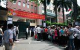 """Thi tuyển công chức ở Hà Nội: Lo ngại """"ngăn sông cấm chợ""""!?"""