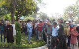 Chùm ảnh: Người dân Đà Nẵng khóc thương ông Nguyễn Bá Thanh