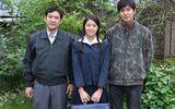 """Tiết lộ ảnh gia đình của Lee Min Ho trong """"Gangnam 1970"""""""