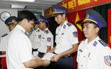 Thăng hàm cho 7 sỹ quan vừa từ Hoàng Sa trở về