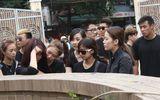 Chùm ảnh: Giới Vlog nhòa lệ vào viếng đám tang Toàn Shinoda