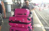 Hành khách lại tố bị rạch hành lý ở sân bay Tân Sơn Nhất