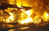 Vụ cháy chợ Thới Bình: Hỗ trợ mỗi hộ dân bị cháy 10 triệu đồng