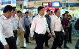 """Bộ trưởng Đinh La Thăng kêu gọi """"tẩy chay"""" hãng xe không giảm cước"""