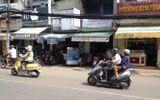 Dàn cảnh móc túi nhân viên tiệm vàng còn tri hô bị cướp