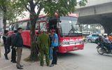 Hà Nội: Xe khách đại náo đường phố, người dân hoảng loạn