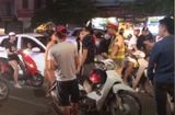 Tình huống pháp luật - Thanh niên sàm sỡ cô gái giữa phố Hà Nội có thể bị phạt 300 nghìn đồng