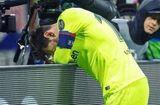Bóng đá - Messi gục ngã vì thất bại cay đắng của Barca trước Liverpool