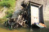Tin trong nước - Tin tức thời sự mới nóng nhất hôm nay 20/5/2019: Xe tải lao xuống vực 3 người thương vong