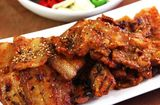 Ăn - Chơi - Thịt ba chỉ nướng ngũ vị hương thơm lừng gian bếp
