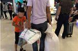 Cộng đồng mạng - Tranh cãi gay gắt quanh chuyện có nên đựng hành lý bằng bao tải khi đi máy bay