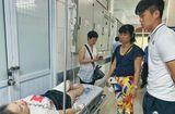 Thể thao 24h - Duy Mạnh đến thăm nữ CĐV bị thương vì pháo sáng, Hà Nội FC hứa chi trả viện phí