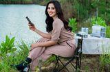 Tin tức giải trí - Hoa hậu Tiểu Vy khoe vẻ đẹp tuổi 19 trên cao nguyên M'drak