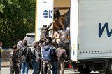 Tin thế giới - Tin tức thế giới mới nóng nhất ngày 31/10: Phát hiện 12 di dân còn sống trong thùng đông lạnh ở Bỉ