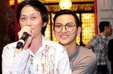 """Video-Hot - Video: Hoài Linh bất ngờ hát """"Về đâu mái tóc người thương"""" cùng Hoài Lâm"""
