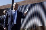 """Tin thế giới - Buôn lậu Mexico chỉ tốn 100 USD để """"hạ gục"""" tường biên giới 10 tỷ USD của Mỹ"""