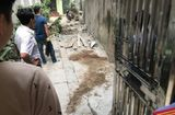 Tin trong nước - Hà Nội: Ngã từ giàn giáo tầng 5 xuống đất, nam công nhân tử vong