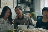 """Gia đình - Tình yêu - Khóc thét với những định kiến về """"gái ế"""": Bị ví như thức ăn thừa trên mâm"""