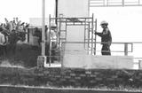 """Tin trong nước - Cắt điện công trình vi phạm xây dựng: Đá """"quả bóng trách nhiệm"""", coi chừng bị kiện ngược lại"""