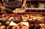 Tin thế giới - Choáng váng nhà hàng Nhật Bản sử dụng nồi nước dùng đun đi đun lại suốt 74 năm