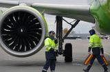 Tin thế giới - May bay Nga chở 200 khách đến Việt Nam bất ngờ cháy động cơ