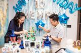 Chuyện làng sao - Vợ chồng Cường đô La rạng rỡ trong tiệc sinh nhật Subeo, Đàm Thu Trang lộ ngoại hình mũm mĩm gây chú