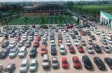 Cộng đồng mạng - Choáng váng trước cảnh gần trăm chiếc ô tô đỗ kín sân trường ngày họp phụ huynh ở Thái Nguyên