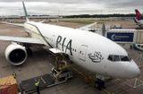 Tin thế giới - EU cấm hãng hàng không quốc gia Pakistan bay tới châu Âu ít nhất 6 tháng giữa bê bối bằng giả