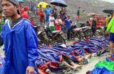 Tin thế giới - Ám ảnh cảnh thi thể xếp hàng dài ở hiện trường sập mỏ ngọc làm 113 người chết