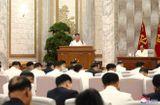 Tin thế giới - Ông Kim Jong-un tái xuất tại cuộc họp quan trọng, yêu cầu cảnh giác tối đa với dịch Covid-19