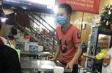 """Tin trong nước - Tạm giữ nữ chủ quán bánh xèo ở Bắc Ninh nghi bạo hành nhân viên như thời """"trung cổ"""""""