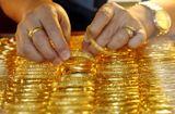 Thị trường - Giá vàng hôm nay 7/12/2020: Giá vàng SJC bán ra giảm mạnh
