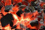 Tin trong nước - Hai bé bị ngộ độc khí nặng, tử vong do đốt than sưởi ấm trong phòng