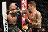 """Thể thao 24h - """"Gã điên"""" McGregor bị bại tướng Poirirer đấm knock-out trong lần tái xuất"""