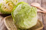 Ăn - Chơi - Bắp cải xào không nên cho ngay vào chảo, cần thêm bước này, rau mới giòn ngon