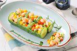 Ăn - Chơi - Salad dưa chuột tạo hình giống cây trúc, đặc biệt ấn tượng trên bàn tiệc ngày Tết