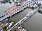Cầu sắt Bình Lợi đón chuyến tàu cuối cùng trước khi