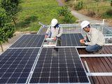 Một doanh nghiệp điện mặt trời sẽ trả tiền điện mặt trời cho khách hàng