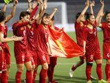 Tổ chức giáo dục lý giải việc tặng cơ hội đi học thay vì tiền mặt cho tuyển bóng đá nữ Việt Nam