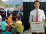 """""""Ông đỡ"""" bất đắc dĩ và người hùng giải cứu bé gái bị bán sang Trung Quốc"""