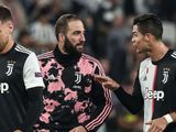 Bất mãn vì Ronaldo thi đấu ích kỷ, Higuain bỏ ăn mừng cùng cả đội