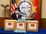 Việt Nam trao tặng 3.000 khẩu trang giúp Mỹ chống Covid-19