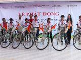 Tặng 50 xe đạp cho học sinh nghèo hiếu học tại Vĩnh Long