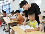 """Cuốn sách thay đổi cuộc đời và tấm lòng thơm thảo của """"thầy giáo 9X"""" với trẻ nghèo khó"""