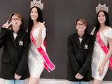 Chụp ảnh nhí nhảnh cùng Duy Khánh, gương mặt tân Hoa hậu Việt Nam Đỗ Thị Hà sao lại khác lạ thế này?
